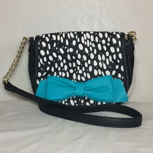 Handbags - NWT 💋 Betsey Johnson blue bow crossbody purse